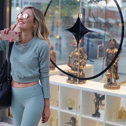 BRB, gotta go stock up on some sage + crystals ✌✨ #goodvibes only, ya feel me? ✨ • • • • • #yoga #selfie #happygirl #iloveyoga #yogapants #yogagram #yogaeverydamnday #instayoga #mondaymotivation #yogainspiration #igyoga #workout #fitnessmotivation #gym #fitspiration #fitnessjourney #fitspo #fitness #fitfam #bbg #instagood #vegan #babe #love #yogi #smile #instafit #spiritual #swag  #Regram via @shaylaquinn