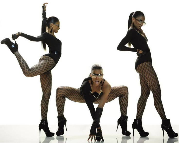 """i love ciara. especially in her video """"ride"""" holy crap the things she can do with her body! wow"""