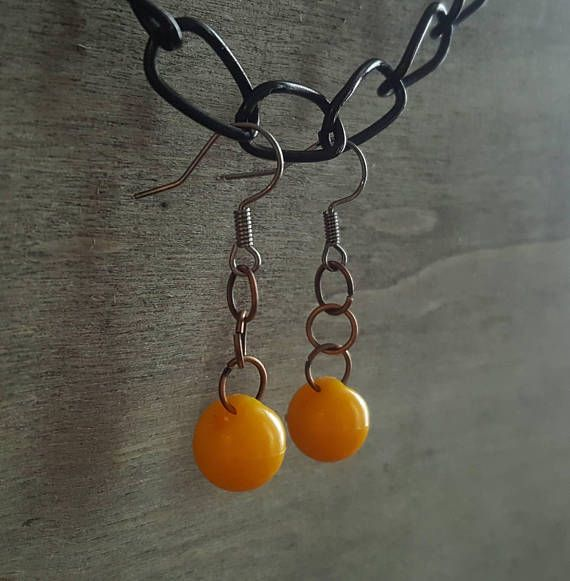 Hey, I found this really awesome Etsy listing at https://www.etsy.com/listing/572541484/yellow-vintage-plastic-pearl-earrings