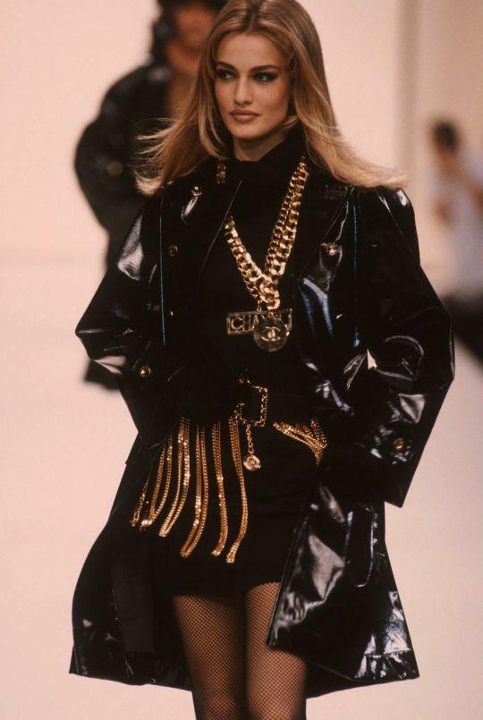 Chanel F/W 1991 Model: Karen Mulder