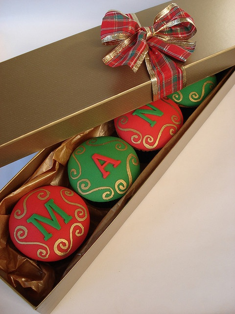 Christmas cupcakes Flickr by Isa Herzog