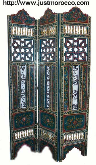 Moroccan room divider. Mousharabi screen panels and