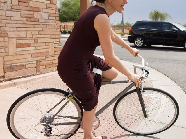 KATCH: Bicycle Skirt Clip