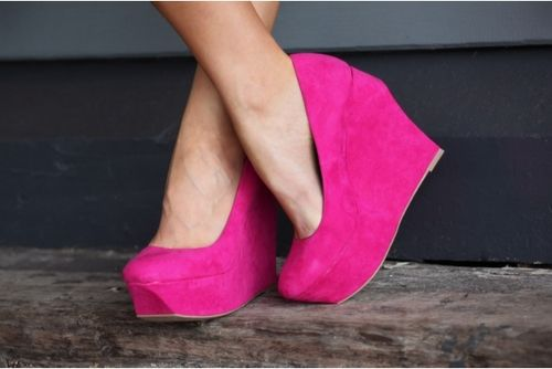 Gorgeous pink wedges. Yes please!