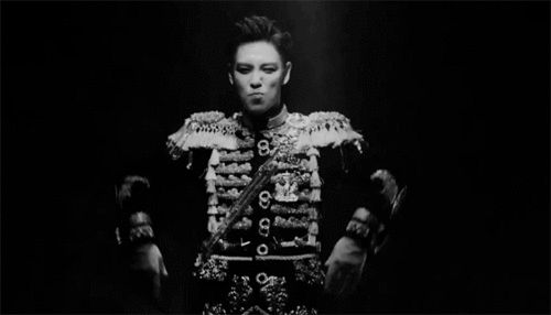 Everytime I see this gif I just have to pin it! I just have to PS.  Guys comeback COMEBACK Fxxk it and last dance are so good and ahh daesung-ahh stop it !! XD