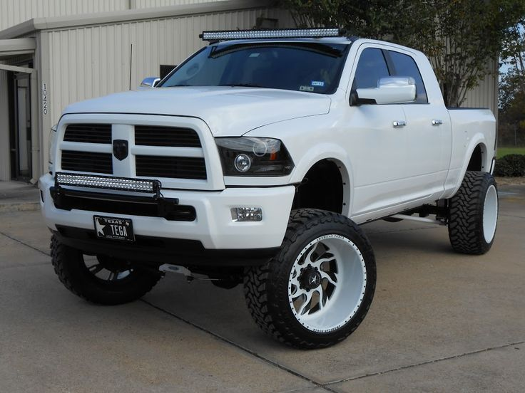 2013 white and black dodge ram with two off road light bars - White Dodge Ram 2500 Lifted