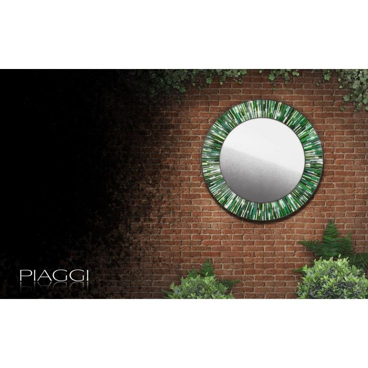 Glass mosaic strips in shades of green arranged around a  mirror piece in a spinning roulette-like manner. Elegant and dashing, it's a true contemporary mirror. ♥♥♥ #Piaggi #mirrors #contemporary  http://piaggi.co.uk/store