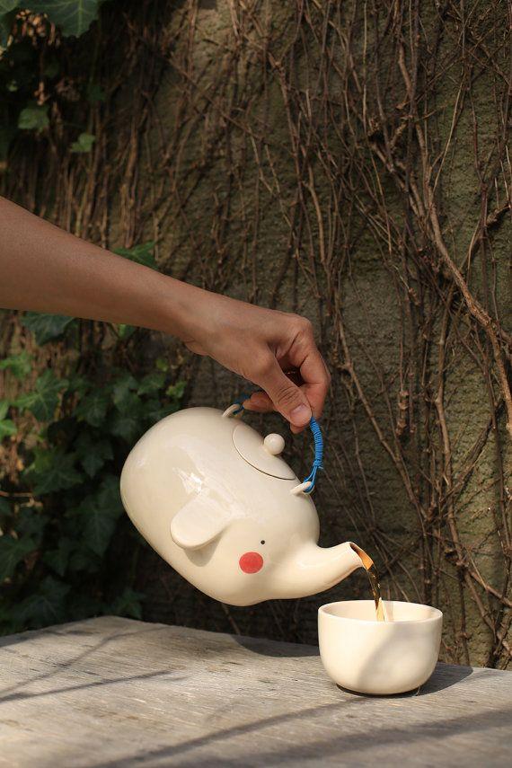 Elephant teapot by LolaGoldstein on Etsy