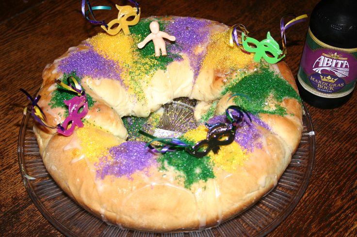 "Mardi Gras King Cake On The Grill,  ""LAISSEZ LES BONS TEMPS ROULER!"""