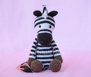 Amigurumi Zebra Patroon : Dsc_4192l_small2 craftyschmafty Pinterest Libraries ...