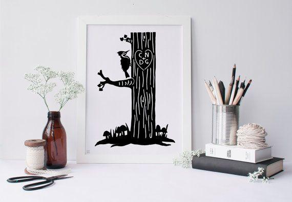 Hear hem peckinuit een melodie Peck, peck, peckinop de zelfde oude boom Hij is zo blij als een bumble bee.  DETAILS: Dit maakte op volgorde papier gesneden silhouet wordt gesneden van zwart, archivering, zure gratis papier. Gemonteerd op glad, mat whiteboard. Ondertekend en gedateerd. Initialen of namen van uw silhouet zal worden gebruikt om een kaartje te begeleiden uw kunst.  Aangeboden in twee maten. 8 x 10 inch 9 x 12 inch  ~ Frame niet opgenomen ~  HOE JE KAN BESTELLEN Stuur de…