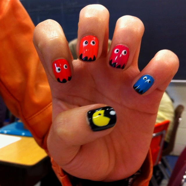 25+ Best Ideas About Pac Man Nails On Pinterest