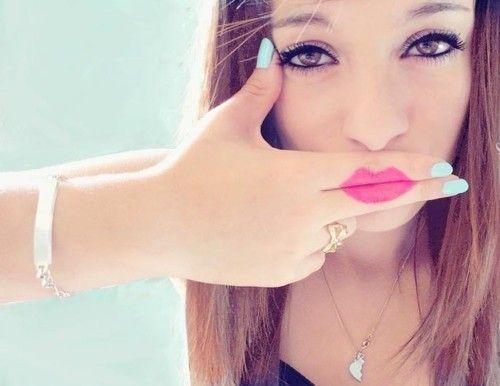 hahaIdeas, Nails Colors, Makeup, Beautiful, Lips, Inspiration Pictures, Bangs Bangs, Hair, Kisses