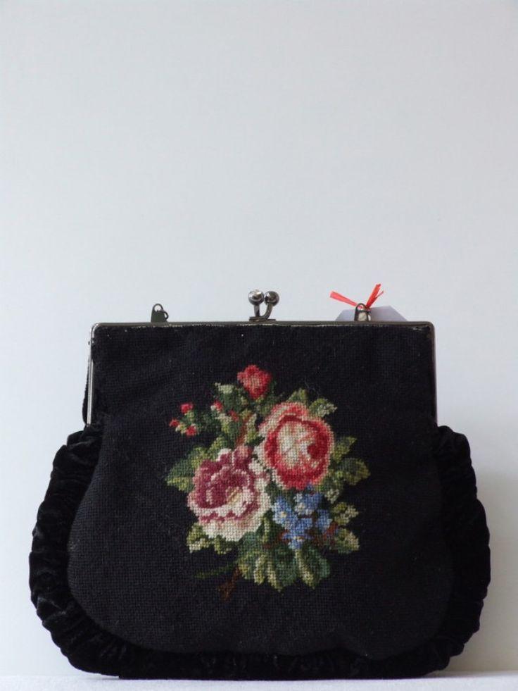 Vintage 50's geborduurde bloemen handtas met fluwelen rand - Tassen & portemonnees - Vintage