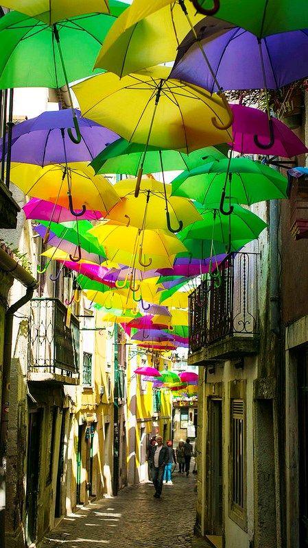 Alfama em arco-íris. Lisbon. Portugal
