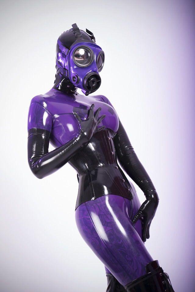 Latex Gas Mask Fetish 21