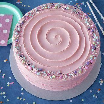 Ce joli gâteau au beurre rose est idéal pour les fêtes d'anniversaire de …   – Buttercream flowers