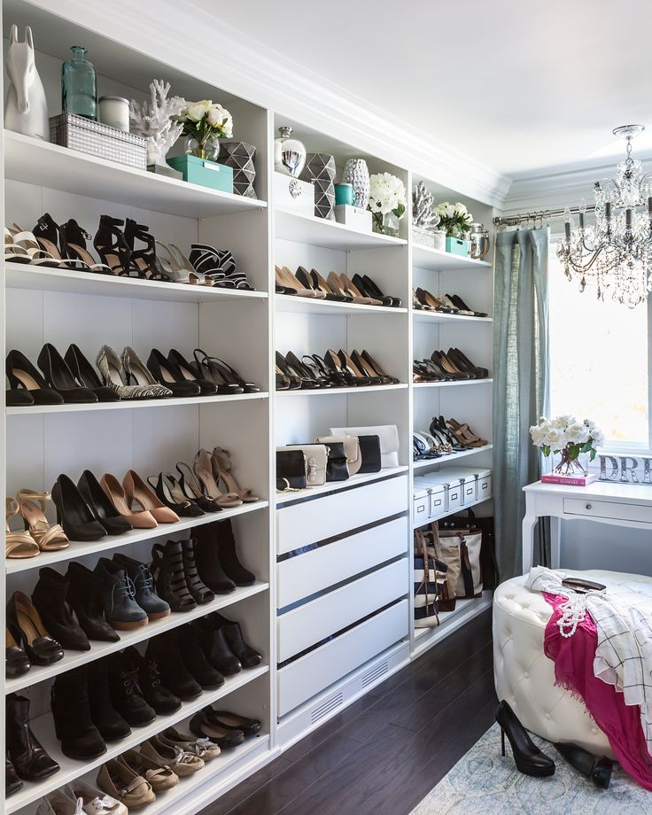 Walk In Closet Shoe Wall. Room Interior DesignLiving ...
