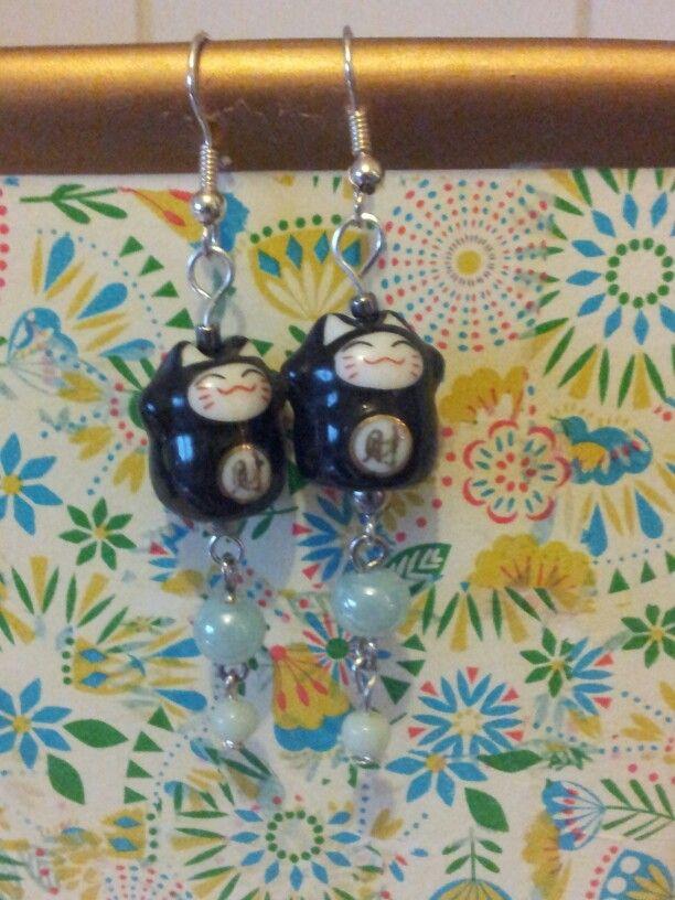 Lucky cats & glass beads earrings.