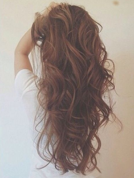 I'm not a brunette but I wish I could get my hair to look like this.