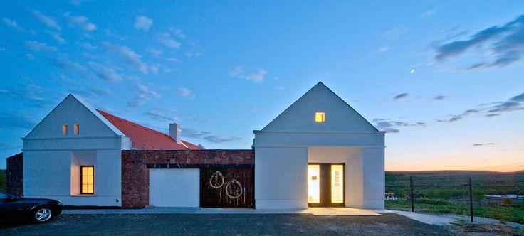 Modum Architects, Tamas Bujnovszky · Herb-Valley Center · Divisare
