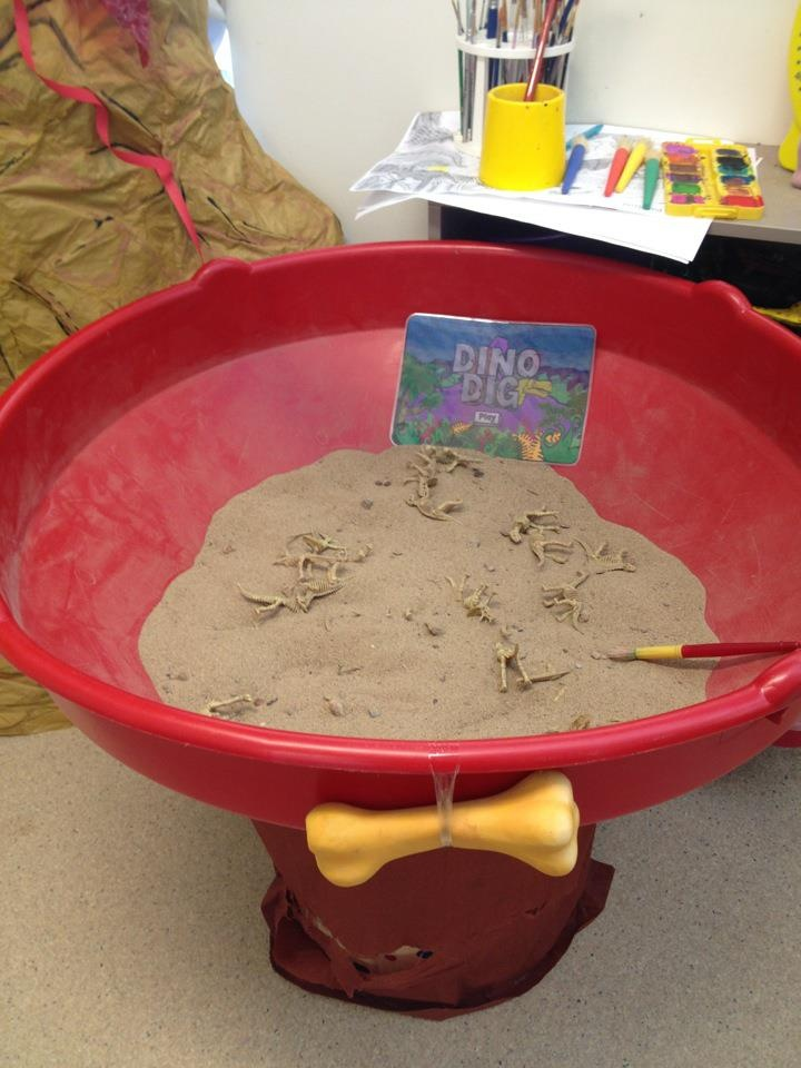 The Dino Digging Pit