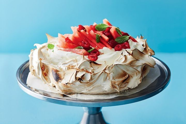 Barbecued pavlova with whipped white chocolate