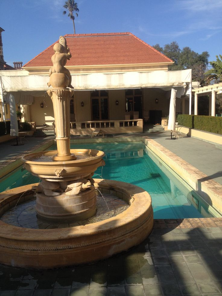 The pool and fountain