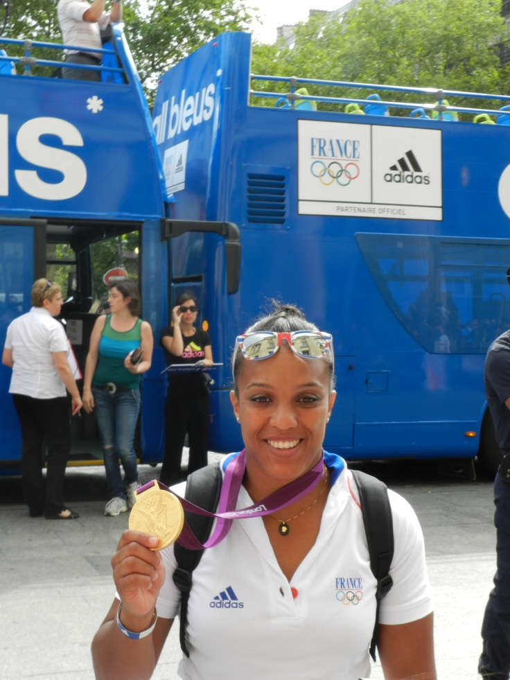 Judoka francaise JO2012 retour des francais médaille d'or