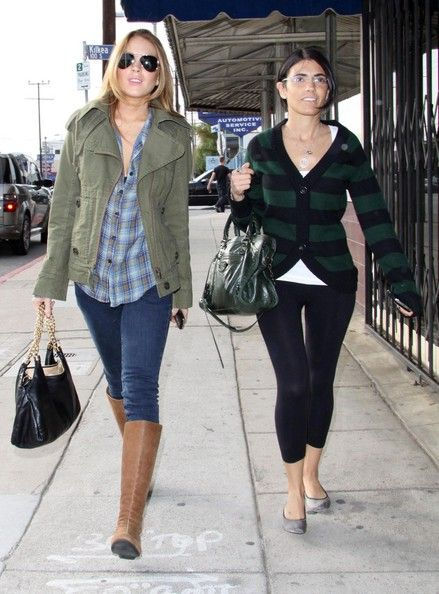 Actress Lindsay Lohan out shopping at Satine clothing store and The Grove in Los Angeles.