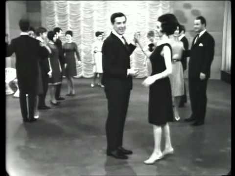 Tanzen mit dem Ehepaar Fern - Langsamer Walzer 1965 - YouTube