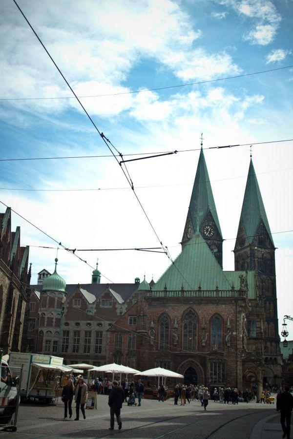 Mein Guide für Ersties, die nach Bremen zum Studieren kommen   http://travelandlipsticks.de/index.php/de/26-heimat/214-ersties-bremen  #bremen #uni #studieren
