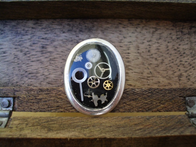 Steampunk oval resin ring