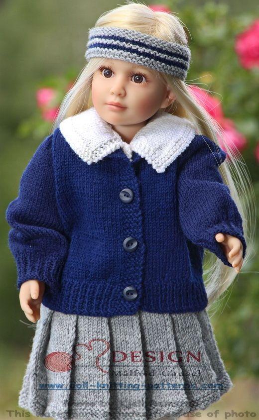 """poppenkleertjes breien -  een mooie pop in haar nieuwe """"schooluniform"""""""