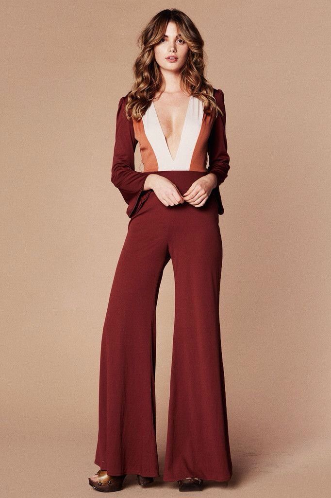 This year, let your party-dressing sanity saver be the jumpsuit. Here are 16 New Year's Eve jumpsuit options that are super easy and ultra-chic.