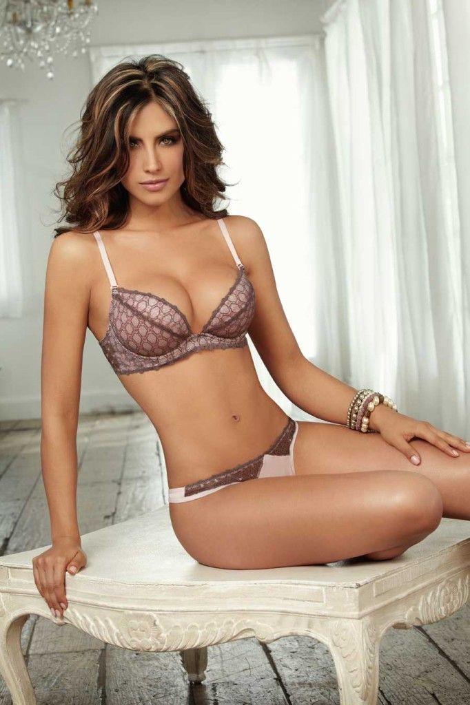 Jessica Andrea Sexy