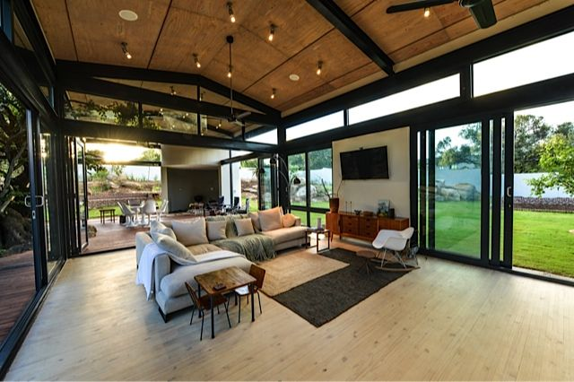 LIVING AREA DESIGNED BY STUDIOUS ARCHITECTS_SOUTH AFRICA