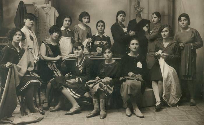 A fashion school in Smyrna, 1910