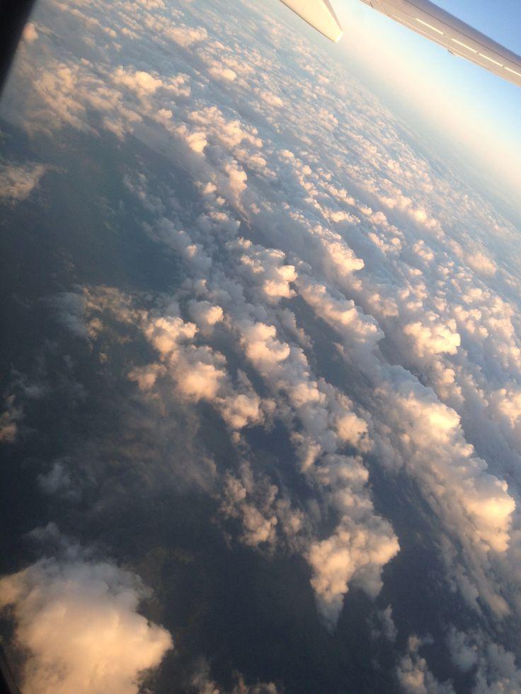 Aeroplane sky