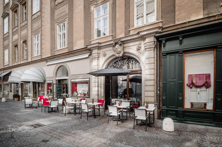 Cafe in Salzburg by Arantxa Perez on 500px