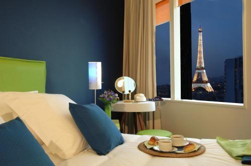 Adagio City Aparthotel Paris Tour Eiffel, Paris ($120 in wotif)