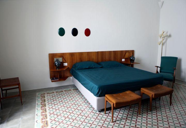 mostra_Luce_design_scultura_installazioni_palazzo_Mongio_artisti_pugliesi_00