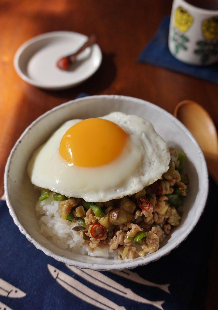 ナスと鶏そぼろのお月見丼 by 楠みどり | レシピサイト「Nadia | ナディア」プロの料理を無料で検索