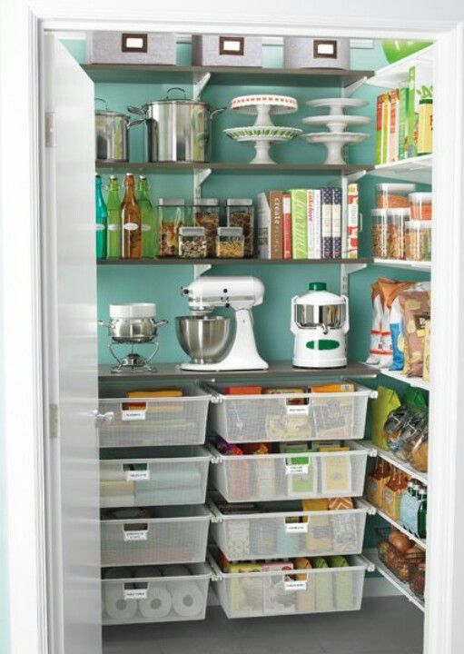 Pantry organising - LOVE the combination of drawers and shelves