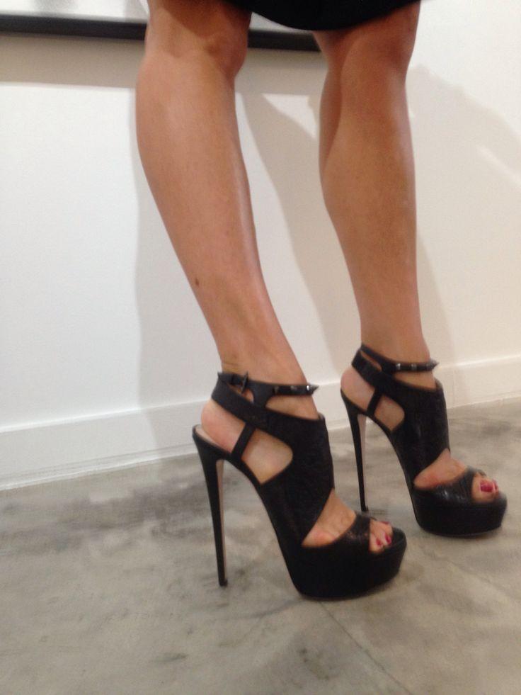 Ruthie Davis in her @Ruthie_Davis heels.   RUTHIE SHOFIES ...