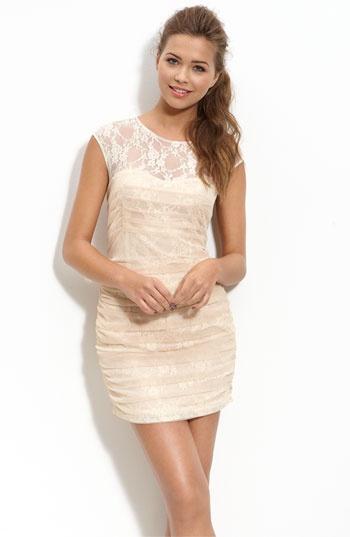 En Crème Lace Illusion Dress