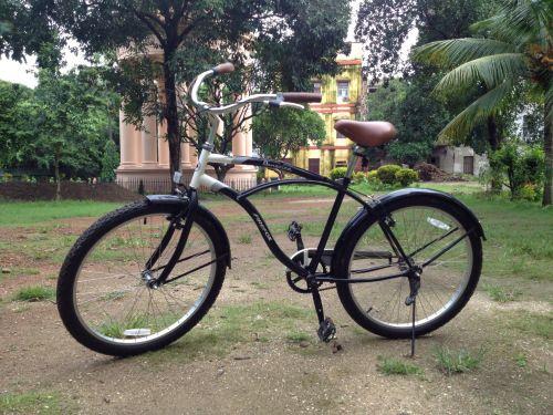Calcutta bike tours