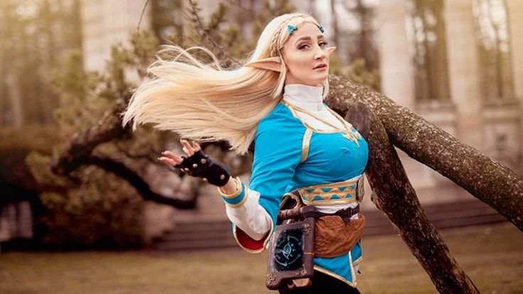 With Breath of the Wild being, you know, a pretty OK video game, not to mention a Zelda game with cool character design, it's probably safe to assume that 2017 is going to be full of killer Link and Zelda cosplay. So let's get started on that.