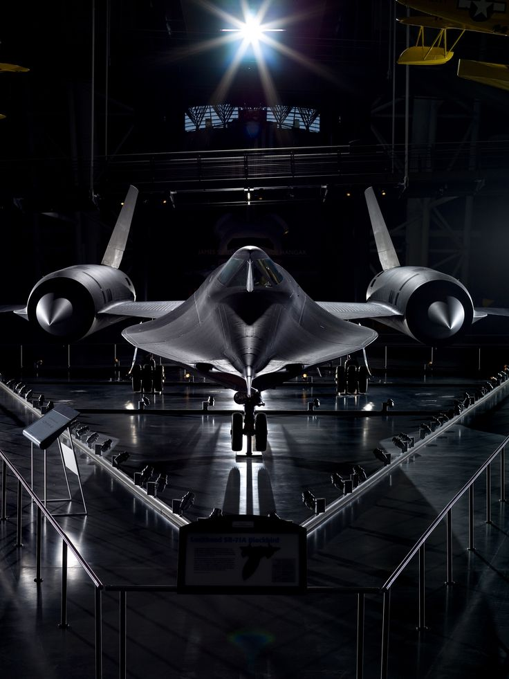 The Lockheed SR-71 Blackbird is the world's fastest jet and can fly anywhere in the world within hours. Vote Lockheed #SR71 #Blackbird as the most seriously amazing in the Smithsonian in this year's ‪#‎SIShowdown‬.