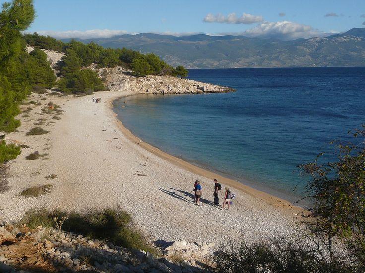 Strand auf der Insel Krk: Urlaub in Kroatien